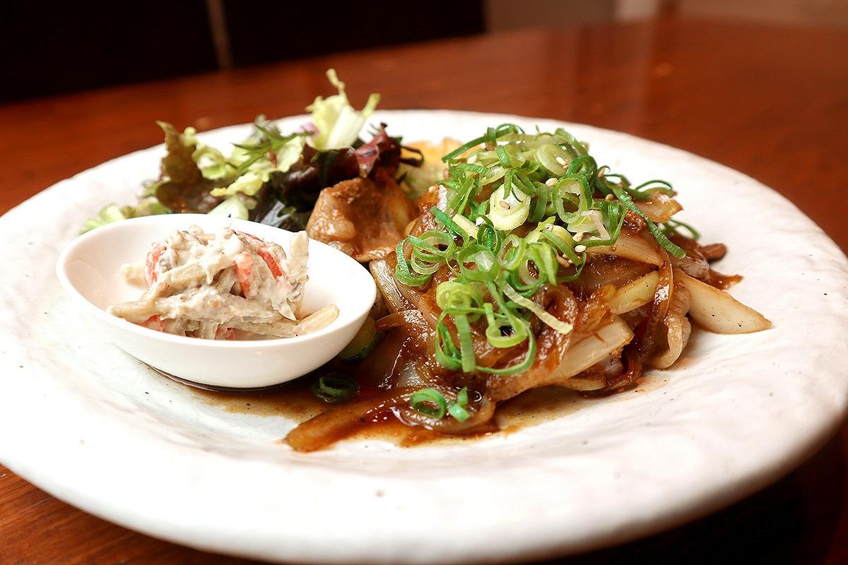豚の生姜焼きランチ(サラダ付き)