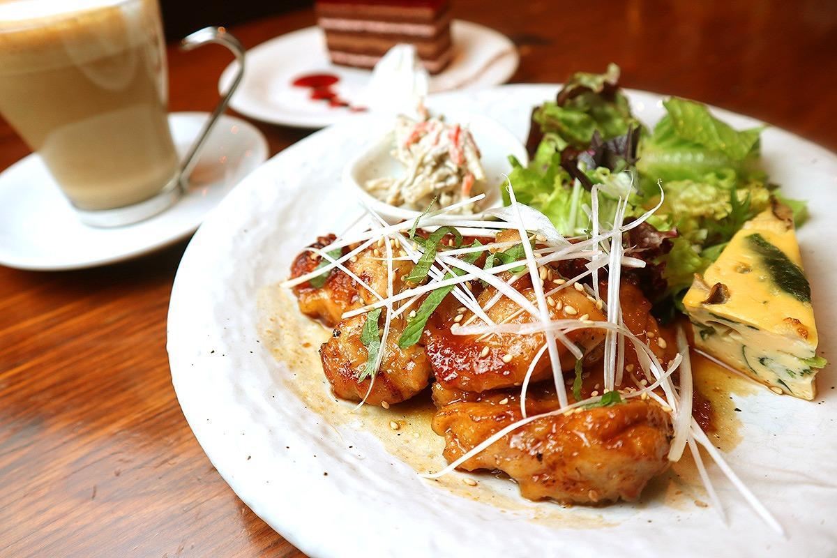 鶏のてりやきランチ(サラダ付き)